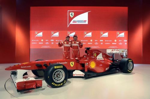 Ferrari_f150_launch_2011-7
